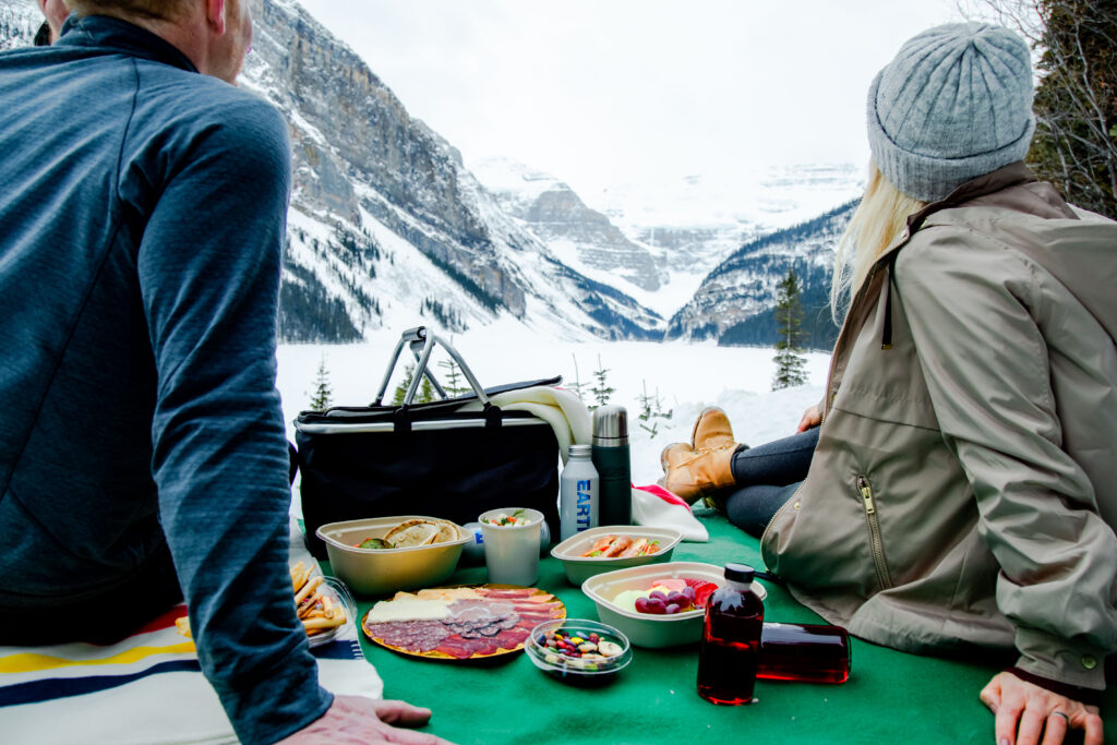 outdoor dining options in lake louise